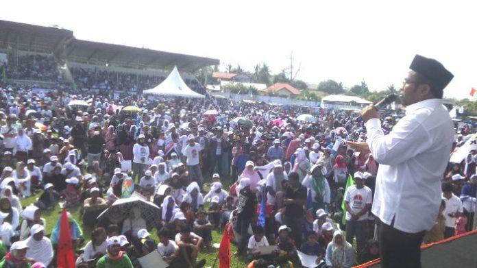 Pasangan Zulwanda kampanye akbar di Stadion Sabang Merauke