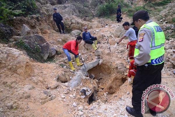 Polisi amankan pekerja tambang emas illegal di Aceh Barat