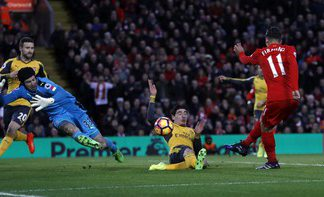 Hajar Arsenal 3-1, Liverpool ke tiga besar