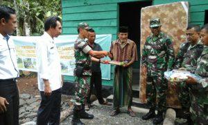 Seorang lansia di Aceh Barat dapat rumah