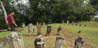 Makam-makam Tua di Barus