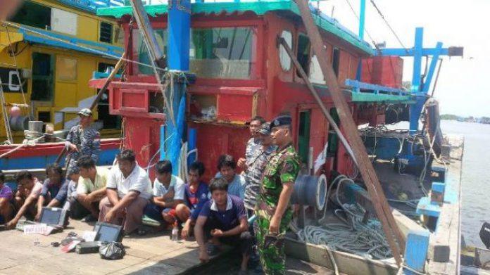 Pos TNI AL Langsa tangkap dua kapal penangkap ikan ilegal