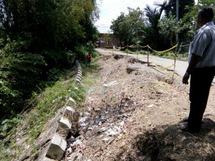 Rusak akibat gempa, ruas jalan di Pijay belum ada tanda akan diperbaiki