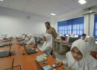Ini kata Sekda Aceh saat tinjau pelaksanaan UNBK