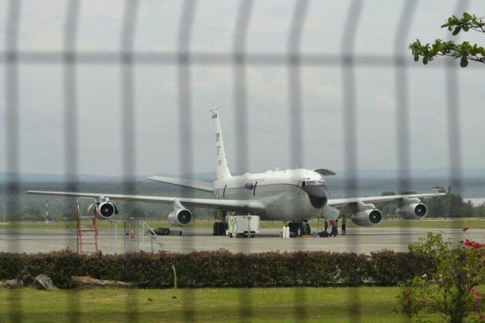Hingga hari ini, pesawat militer AS masih bertahan di Bandara SIM