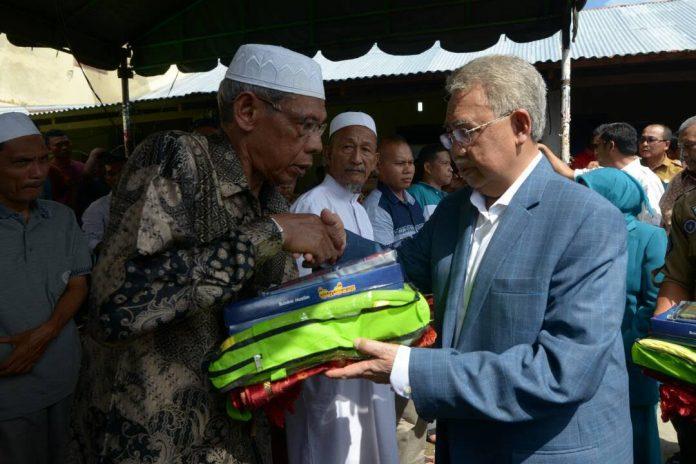 Pemerintah Aceh bantu korban kebakaran di Bireuen