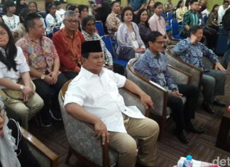 Prabowo: Demi masa depan, Ahok cukup 1 periode saja