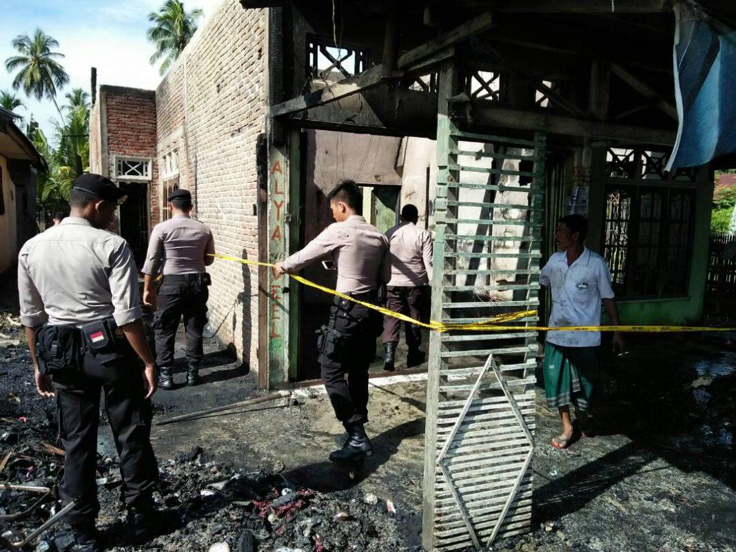 Rumah nelayan di Samudera Aceh Utara terbakar