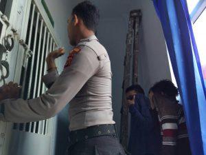 Mahkamah Syariah vonis pasangan Homo 85 kali Cambuk