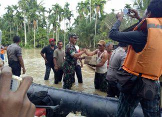 TNI dan BPBD beri bantuan tanggap darurat untuk korban banjir Aceh Utara