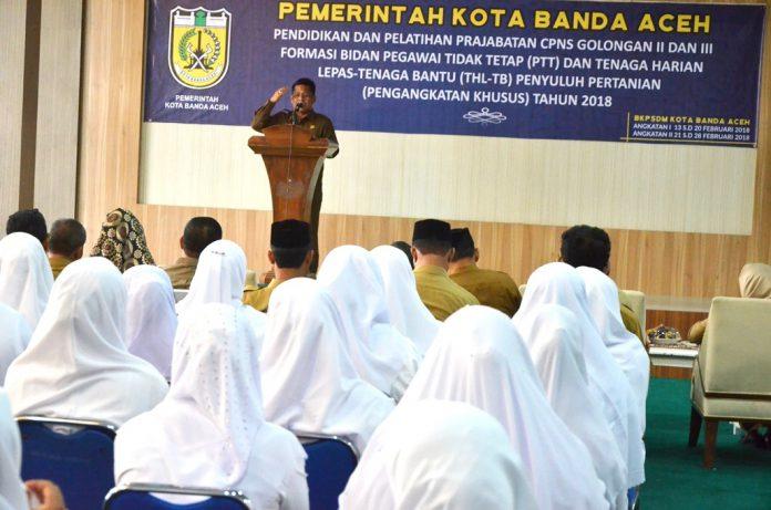 Walkot Banda Aceh: PNS harus pro rakyat dan jauh dari KKN