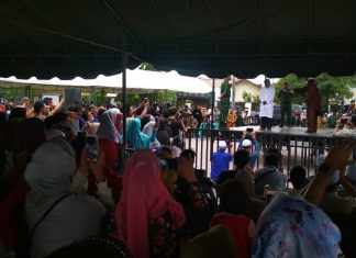 Wisatawan Malaysia bersyukur bisa saksikan hukum cambuk