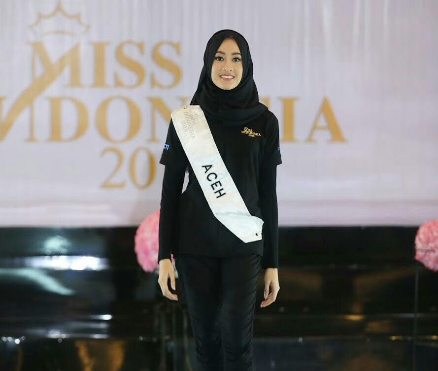 Sejarah baru, Miss Indonesia wakil Aceh yang berhijab ini lolos 5 besar