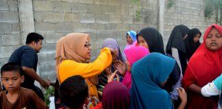 Kesan Maulidar mengajar anak pemulung secara cuma-cuma