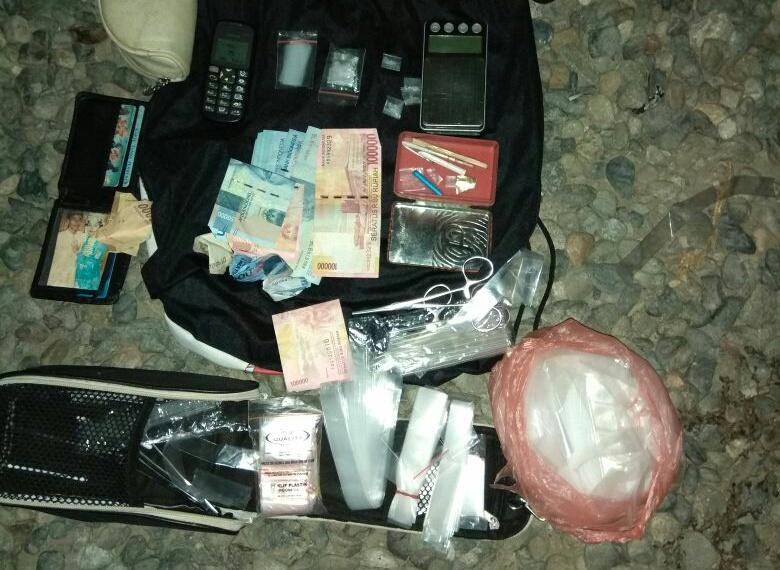 Simpan sabu-sabu, polisi tangkap 2 pria asal Aceh Besar