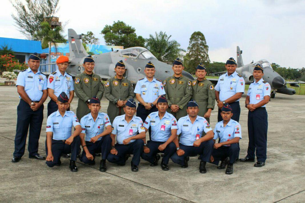 Pesawat Hawk 100/200 selesai latihan di Aceh