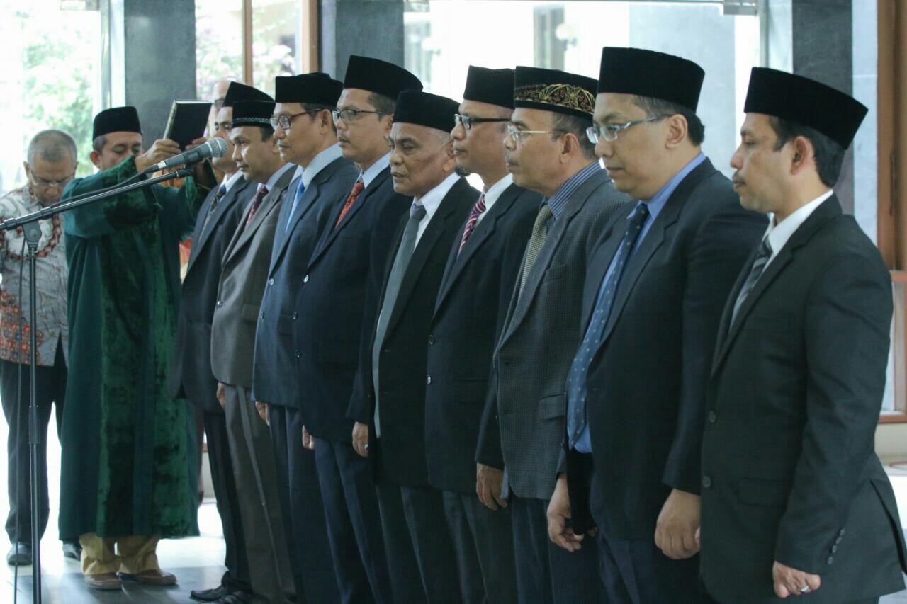 Rektor Unsyiah lantik Wakil Dekan FISIP, FKP dan Kepala UPT