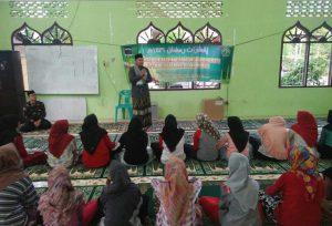 Organisasi Pelajar Dayah Terpadu Inshafuddin mengunjungi panti asuhan Nirmala