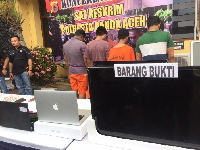 Hasil Curian Rp 160 Juta Untuk Judi Online, 4 Pemuda Dibekuk Polisi di Banda Aceh