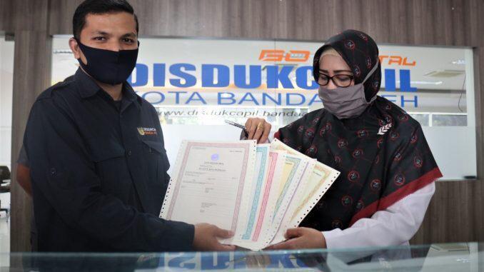 Warga Banda Aceh Bisa Cetak Sendiri Dokumen Kependudukan di Rumah