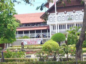 Mengkritisi Kinerja Sekda Aceh